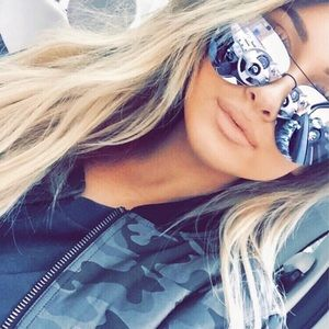 🎈Quay X Amanda Muse Sunglasses 😎